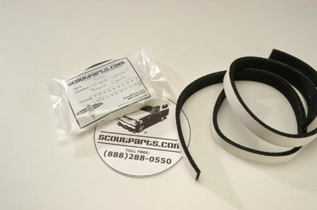 Scout 80/800 Lower Tailgate Seal